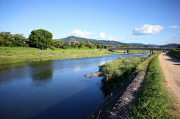 9月の賀茂川と大文字