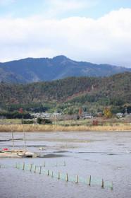 広沢池と愛宕山