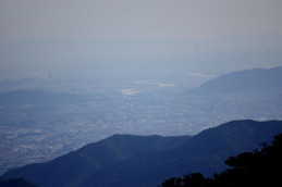 びわ湖バレイから見る京都タワー