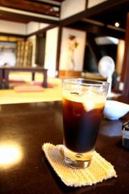 「道の途中」のアイスコーヒー