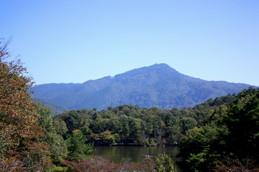 10月の宝ヶ池と比叡山