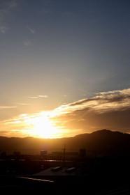 大文字山から昇る朝日