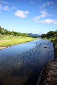 晩夏から初秋への賀茂川