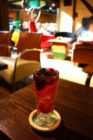 cafe町子のミックスベリーソーダ