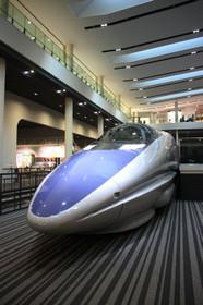 京都鉄道博物館本館1階の500系新幹線